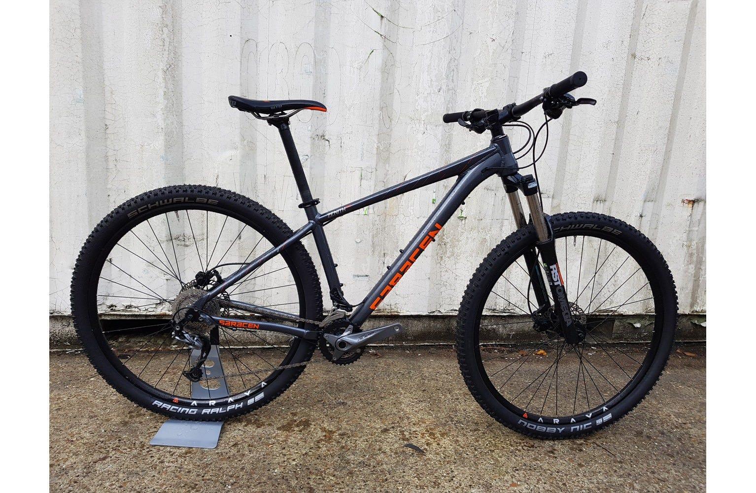 """Saracen Zenith 29er 17"""" Ex Brand Sample Bike"""