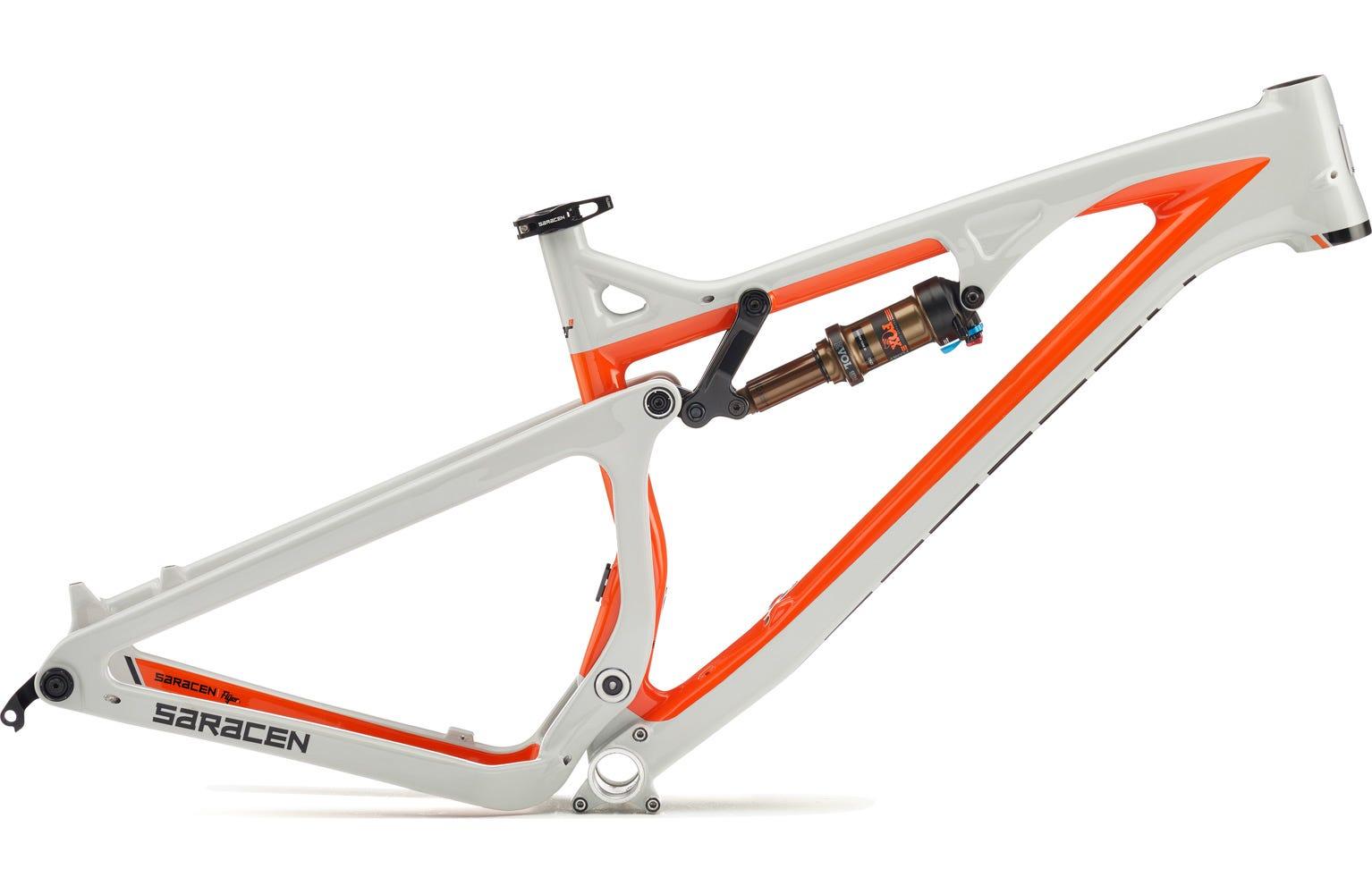 Saracen Kili Flyer X Carbon Frame
