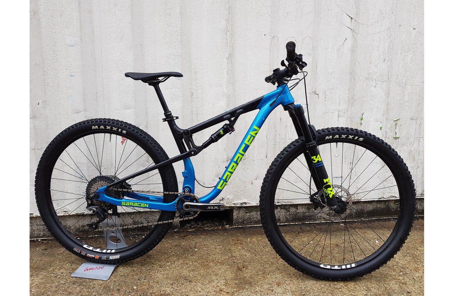 Saracen Traverse Elite Medium Ex Brand Sample Bike