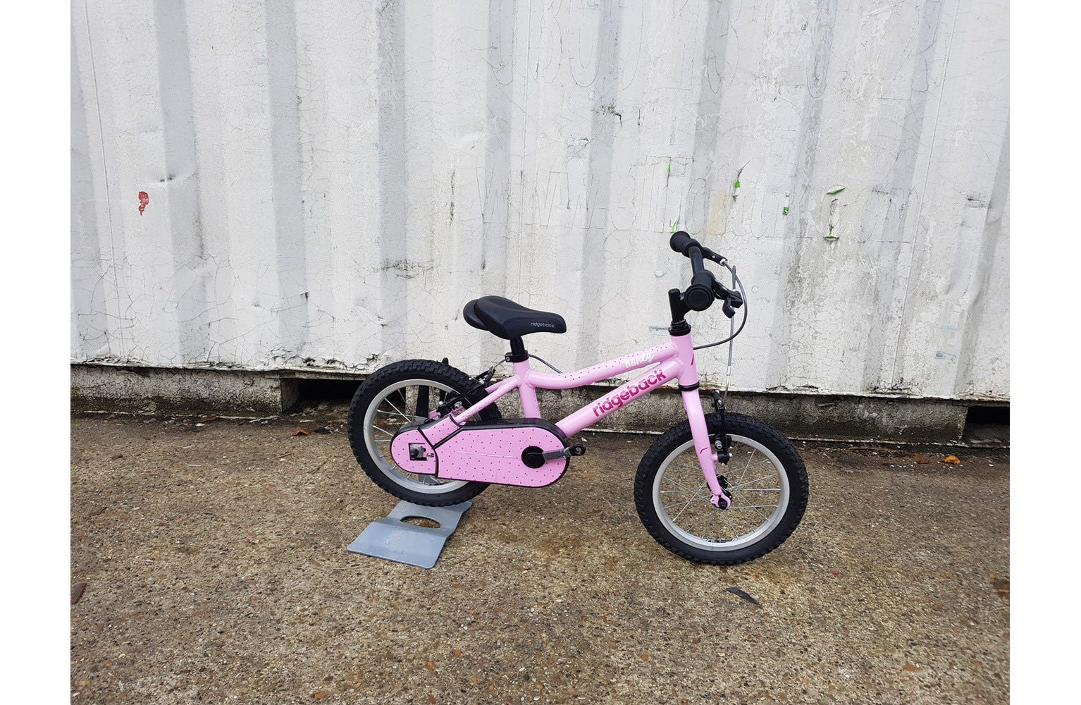 Ridgeback Honey 14 inch Ex Brand Sample Bike - Pink