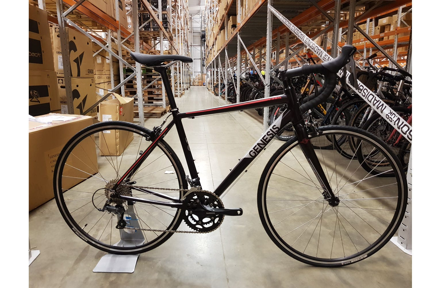Genesis 2018 Delta 10 W sm Bike sample (used)