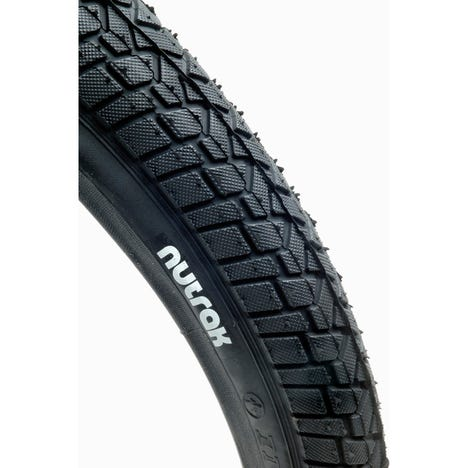 20 x 2.0 inch BMX Freestyle tyre - skinwall