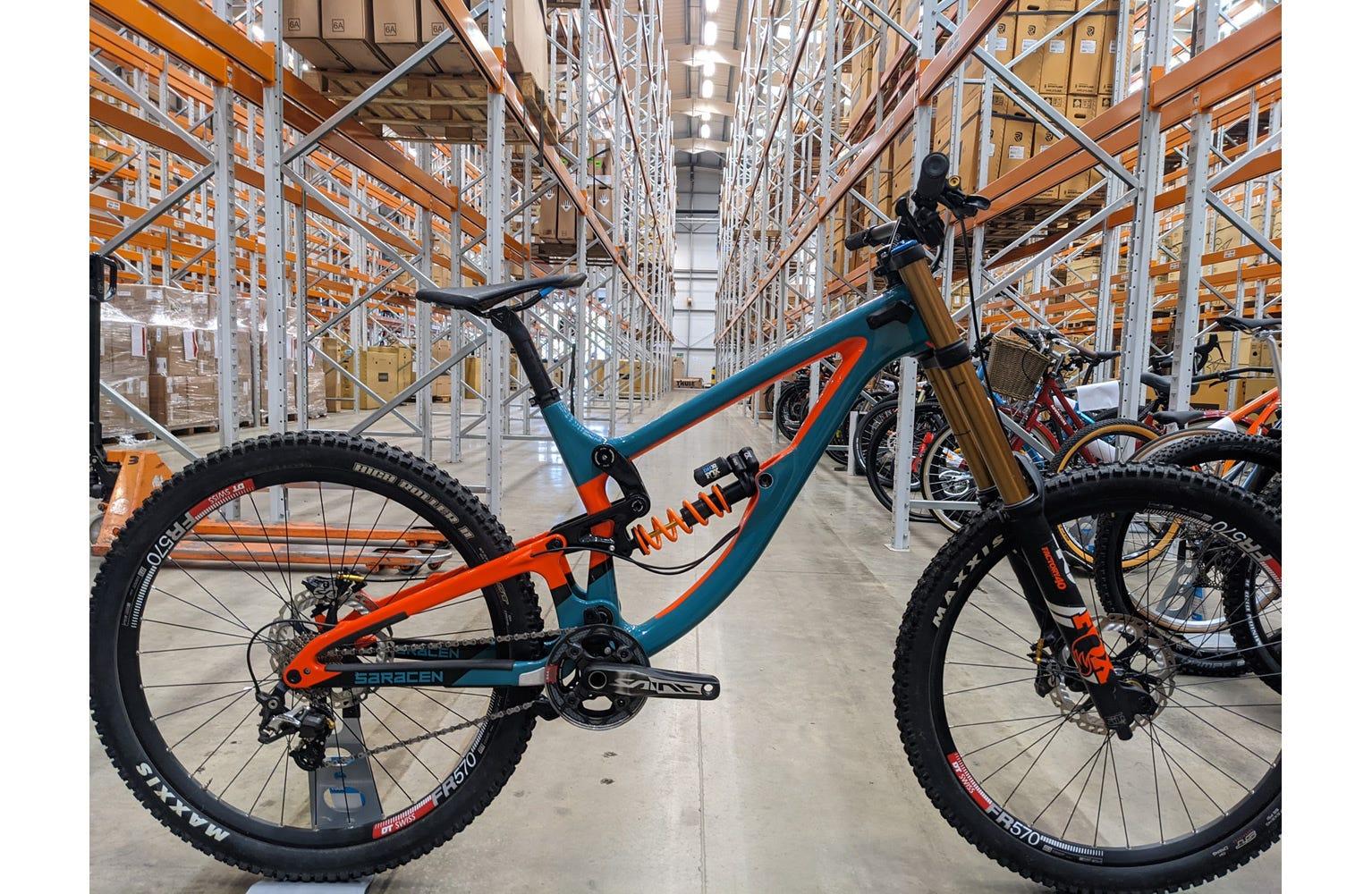 Saracen Myst Pro-Team Large bike used sample