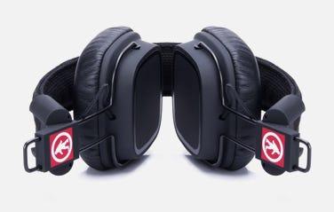 headphones-outdoor-tech-brand